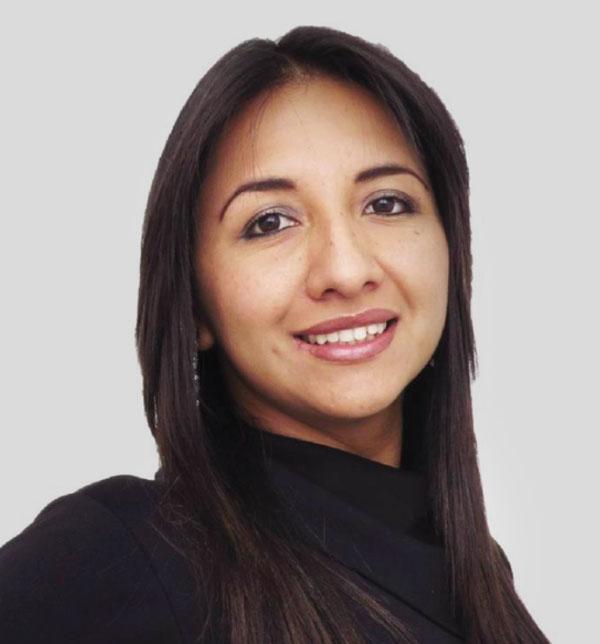 Jennyffer Vargas Laverde - Directora de Excelencia y Estrategia SAC